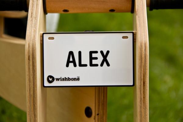 Wishbone naamplaatje